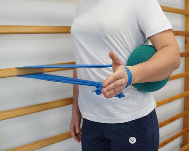 Ćwiczenie rotacji zewnętrznej w otwartym łańcuchu kinematycznym